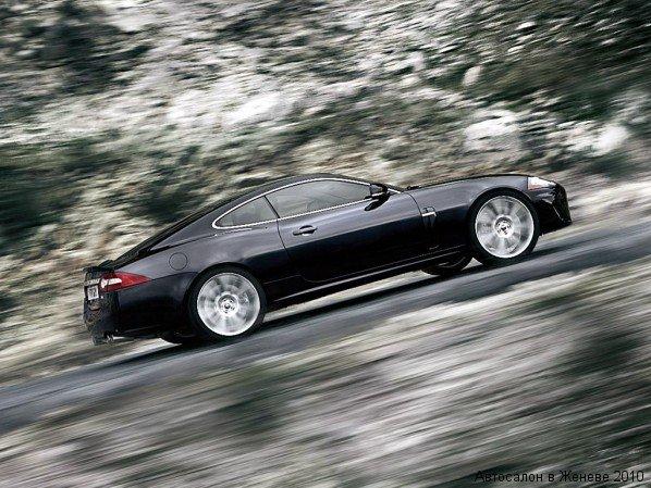 2010 JAGUAR XKR BLACK DRIVING UPHILL
